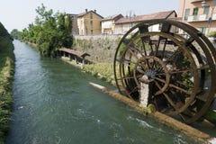 d'Adda van Groppello, oude watermill stock foto's