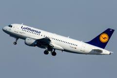 D-AILP Lufthansa, Airbus A319-114 Fotos de Stock Royalty Free