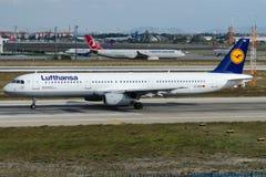 D-AIRH Lufthansa, Airbus A321-131 Fotos de Stock