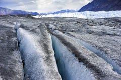 D'Alaksa de glacier fin - crevasse photographie stock