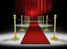 3d: Alfombra roja con el fondo rojo de la cortina Imagen de archivo