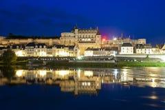 d'Amboise и отражения замка к ноча Стоковая Фотография RF