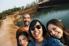 D'amis de voyage de vacances d'aventure concept ensemble Photo stock