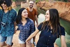 D'amis de voyage de vacances d'aventure concept ensemble Photo libre de droits