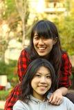 D'amitié concept pour toujours par les filles asiatiques Photographie stock libre de droits