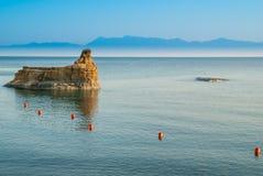 D'amour Sidari, isla del canal de Corfú en Grecia Canal de amor foto de archivo