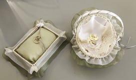 Or d'anneaux de mariage Image stock