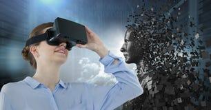 3D anneriscono il maschio AI dietro la donna in VR contro i server ed i chiarori Fotografie Stock Libere da Diritti