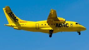 D-BADC ADAC Luftrettung, jet de Dornier DO-328-300 Photos libres de droits