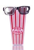 3d bioskoopglazen en retro popcorn Stock Afbeeldingen