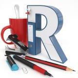 ` 3d brief van R ` met bureaumateriaal Royalty-vrije Stock Afbeeldingen