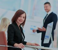 3d business dimensional presentation render shape three möte av folk Royaltyfri Bild