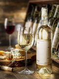 3d butelki modelują biały wino zdjęcie stock