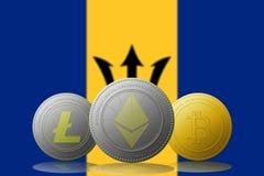 3D cryptocurrencies Bitcoin Ethereum et Litecoin de l'illustration trois avec le drapeau des Barbade sur le fond Image libre de droits