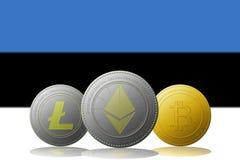 3D cryptocurrencies Bitcoin Ethereum et Litecoin de l'illustration trois avec le drapeau de l'Estonie sur le fond Image stock