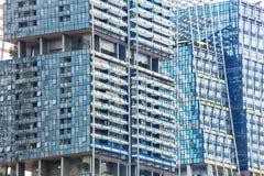 3D, das abstrakten Architekturhintergrund überträgt Stockfoto