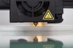 3D Drucker Nozzle In Action Lizenzfreies Stockbild