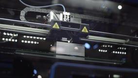 3d druk, die tot driedimensioneel voorwerp, innovaties in productie leiden stock videobeelden