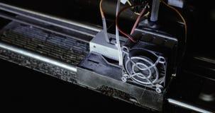 3D druk w procesie Zaawansowana technologia w użyciu, drukowy klingerytu model z klingerytu drutu drucikiem na 3D drukarce zbiory wideo