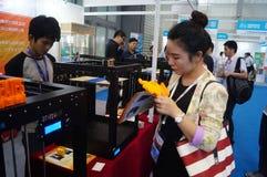 3D druktoepassingen en faciliteiten en Materiaaltentoonstelling Stock Afbeelding