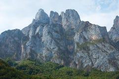 d'Europa de Picos da montanha da pedra calcária Imagens de Stock Royalty Free