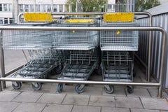 3d fura wytwarzający wizerunku zakupy zakupy tramwaju zakupy biznes fotografia royalty free