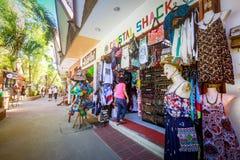 D-galleriasouvenir shoppar i Boracay, Aklan, Filippinerna Royaltyfri Bild