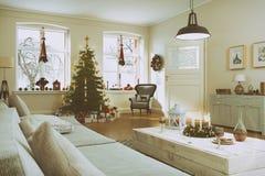 3d geef van een noordse woonkamer met Kerstmisboom terug - retro lo Stock Foto