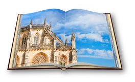 3D geef van het detail van de voorgevel van Batalha-kathedraal in Po terug Royalty-vrije Stock Afbeelding