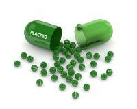 3D geef van placebopil terug met korrels over wit Stock Foto