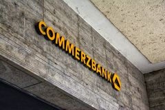 D3ia Architectur de Commerzbank Logo Stone Building Front Normal fotografía de archivo