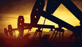 3d illustratie van de hefbomen van de oliepomp Stock Foto