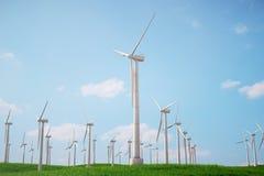 3d Illustration, Turbine auf dem Gras mit blauem Himmel Alternative Stromquelle des Konzeptes Eco-Energie, saubere Energie Lizenzfreie Stockfotografie