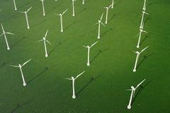 3d illustration, turbine de vent avec le ciel bleu Énergie et l'électricité Énergie de substitution, eco ou générateurs verts pou Photos libres de droits