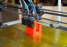 3D impresora - impresión de FDM Imagen de archivo