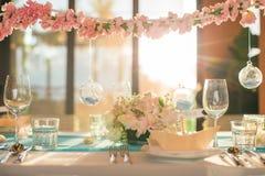 d'intérieur installé par dîner de vintage Photographie stock libre de droits