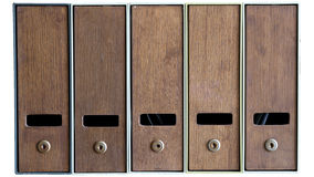 D'isolement cinq boîtes aux lettres Images stock