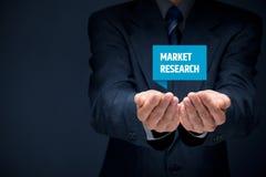 3d isolerade marknadsforskningwhite Arkivfoton