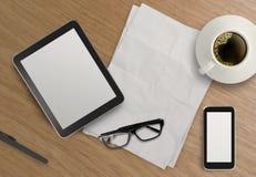 3d lege tablet met mobiele telefoon Royalty-vrije Stock Foto