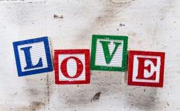 """ d'""""LOVE†de Word sur le vieux fond en bois Images libres de droits"""