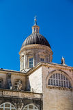 Dôme antique sous le ciel de Dubrovnik photos stock