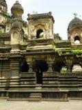 Dôme cannelé sur le temple de Sangam Mahuli Photos libres de droits