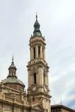Dôme d'une église dans le style gothique Photos stock