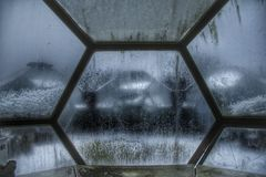 Dôme de l'espace : Humains dans l'espace Photographie stock libre de droits
