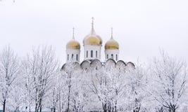 Dômes d'or d'église Image libre de droits