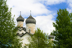 Dômes d'église la nativité Images libres de droits