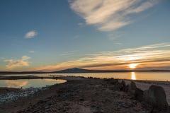 D?mmerung auf dem See stockfoto