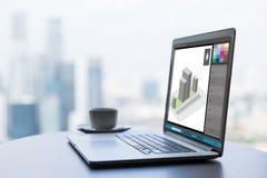 3d model in grafiekredacteur op laptop het scherm Stock Fotografie