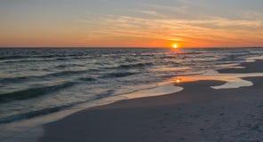 3 d ocean sprawia, że zachód słońca Fotografia Royalty Free