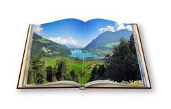 3D odpłacają się rozpieczętowana fotografii książka z panoramą Lungern vil ilustracji